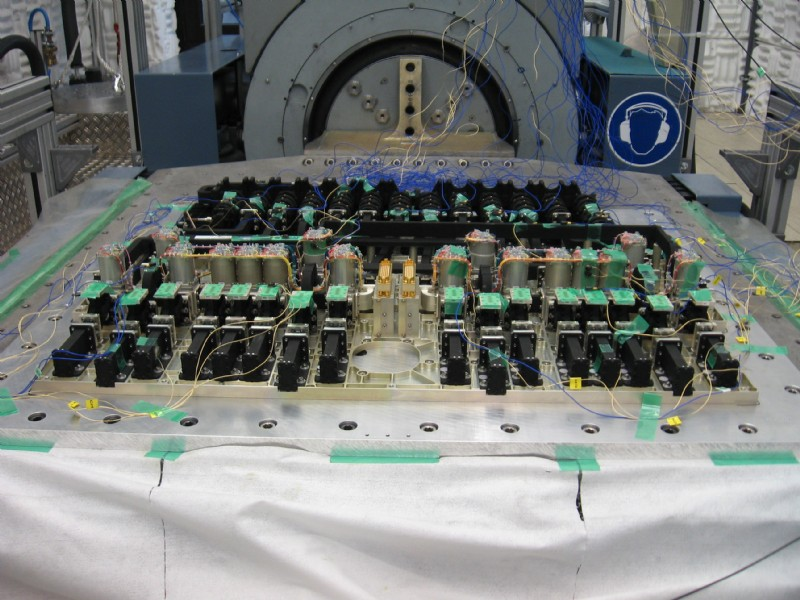 Electronic component vibration testing