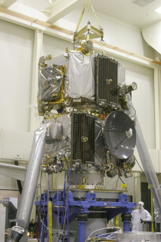 The STEREO (Solar Terrestrial Relations Observatory) takes a ride on a T4000 before launch in 2006